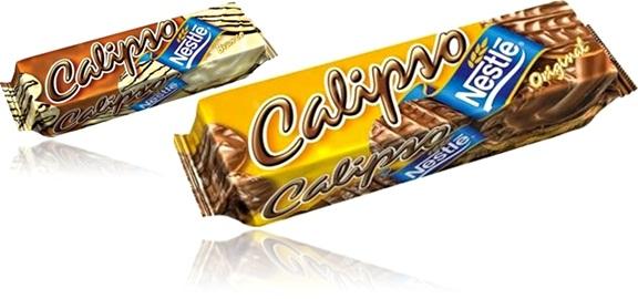 biscoito calipso nestlé com cobertura de chocolate e chocolate branco