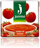 caixa de polpa de tomate jurema embalagem com fotos de tomate e panela com molho de tomate