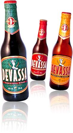 ambev garrafas de cervejas geladas devassas loura, negra, índia, sarará e ruiva