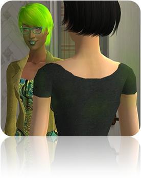 mulher de costas conversando com mulher que usa óculos blusa e cabelos tingidos de verde