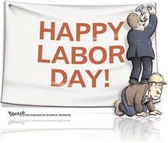 homem explora trabalhador fazendo ele de escada ou de banco a fim de colar cartaz em homenagem ao trabalhador