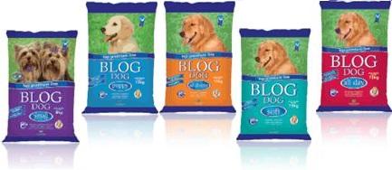 internet ração blog dog para cachorros nutriara vísceras, farinha de carne peixes frango camarão e ossos, levedura de cerveja, milho, arroz Integral, glúten, lipídeos, óleo de menta, linhaça, açúcar