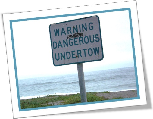 placa de aviso de ressaca perigosa, warning dangerous undertow sign