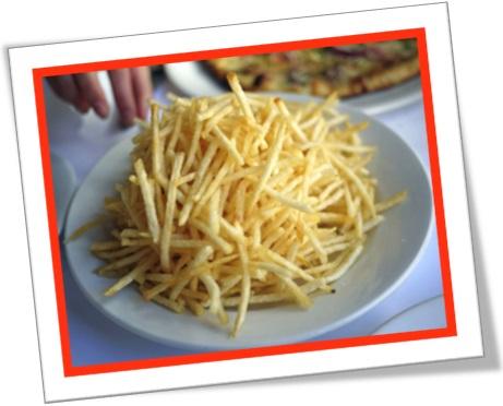 batata palha, shoestring potatoes, potato sticks, julienne sticks