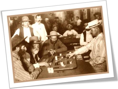 homens jogando faraó, jogo de carta, ludologia