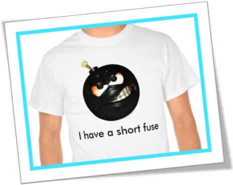 camiseta, t-shirt, i have a short fuse, tenho pavio curto