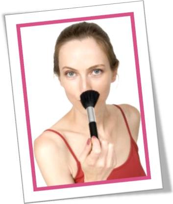 retocar maquiagem, powder your nose, mulher, maquiagem
