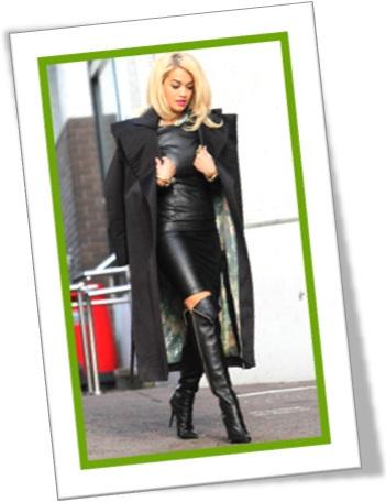 tight leather skirt, saia apertada justa feita de couro