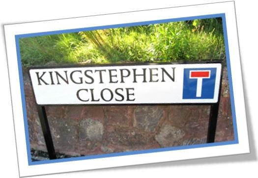 king stephen close street road signs nome de ruas