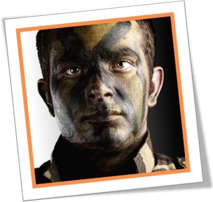 marine blacked his face fuzileiro com rosto pintado pintura de guerra