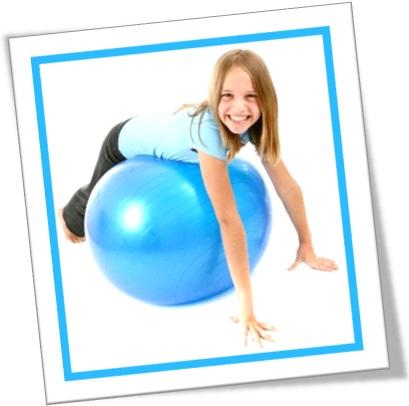 seção de brinquedos, toy section, garota, bola de ginasta, esporte, saúde, diversão