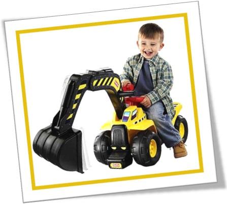 toy section, seção de brinquedos, escavadeira, bulldozer, diversão, menino