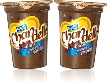 sobremesa lanche mousse pedaços de chocolate chandelle nestlé