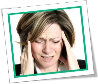 splitting headache, mulher com dor de cabeça de rachar dores de cabeça