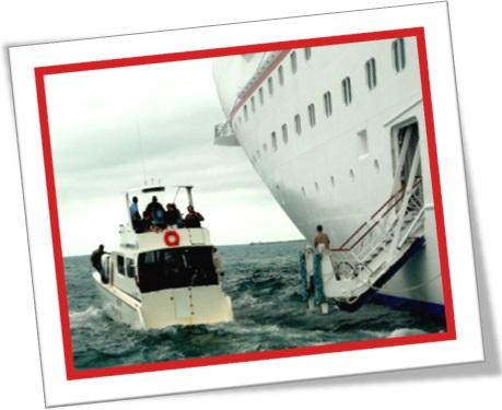 tender boat, cruise ship, tênder, transatlântico, mar, cais, turistas