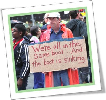 be in the same boat, estar no mesmo barco, estar na mesma situação