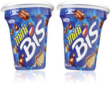 biscoito recheado, copo de mini chocolate bis lacta