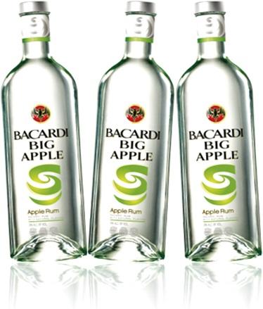 bebida destilada, rum bacardi big apple, garrafas de rum