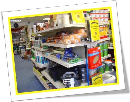 tools and building supplies section, seção de ferramentas e materiais de construção em inglês