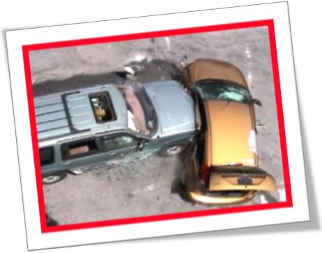 t boned car accident, acidente de carro, colisão de veículos, batida lateral de carro