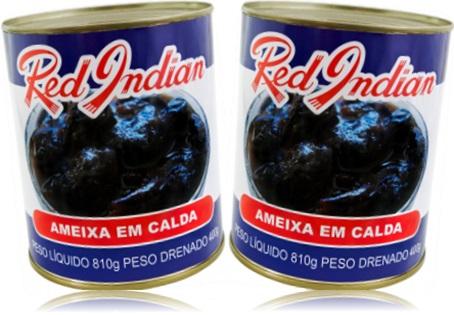 latas de red indian ameixa em calda, passas de ameixa