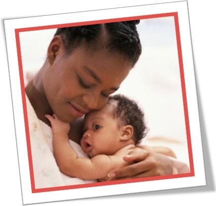wind, mãe, bebê, she wound her arms round her child