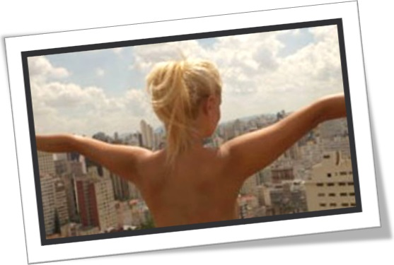 woman flashing, mulher pelada, nudez feminina, exibicionista