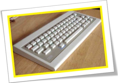 teclado, keyboard, digitação, teclas brancas quadradas chicletes
