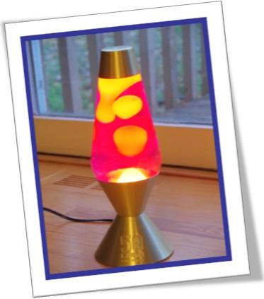 lava lamp, lâmpadas de lava, cores rosa e amarela, decoração