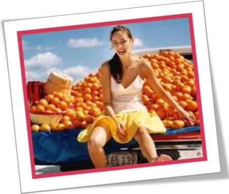 woman, in a cheerful mood, carro, laranjas, frutas